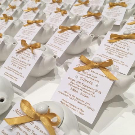 Mini teapot personlaised invitation