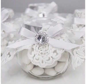 White lace candy jar bonboniere