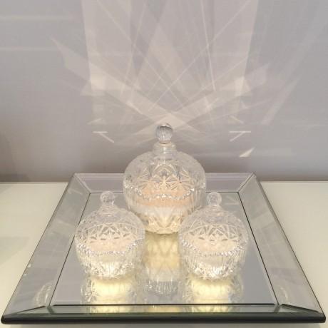 Decorative round trinket candle bonbonniere