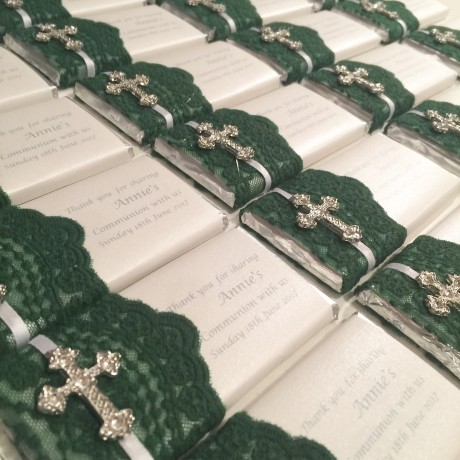 Jade green lace chocolate bar bonbonniere