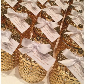 Gold glass candle & mini rosary bead bonbonniere